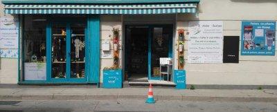 atelier-boutique-innovative-ganges-deco--cadeaux--creations-personnalisees © photo devanture atelier boutique innovative ganges